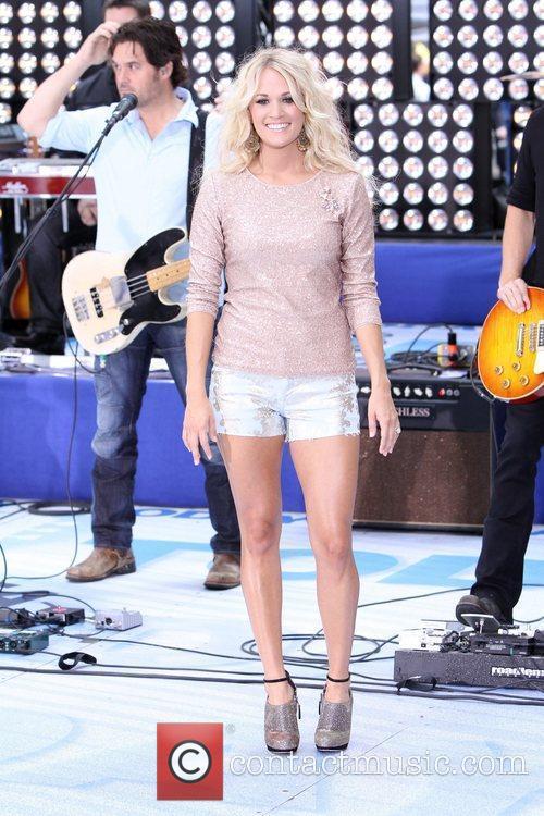 Carrie Underwood 37