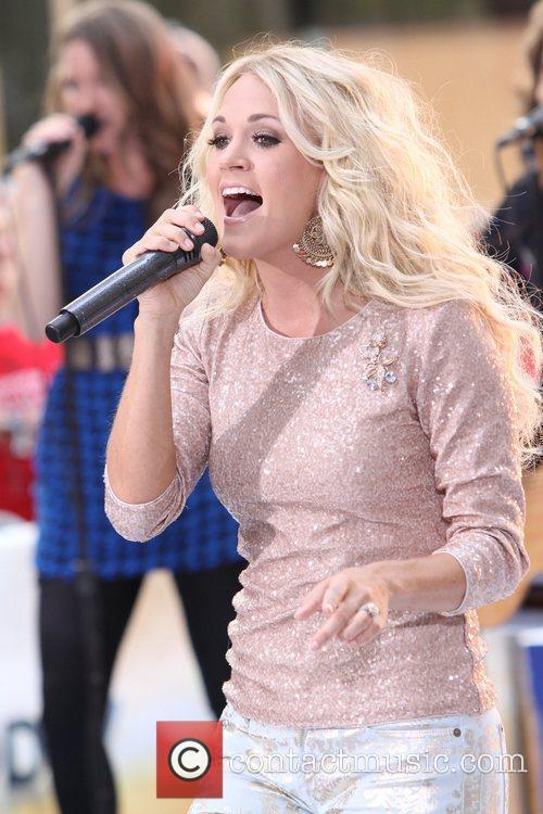 Carrie Underwood 39