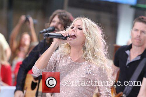 Carrie Underwood 40