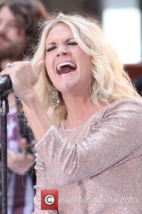 Carrie Underwood 42