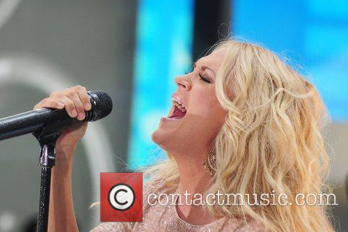 carrie underwood performs live at rockefeller plaza 5893846