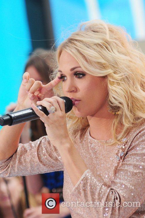 Carrie Underwood 60