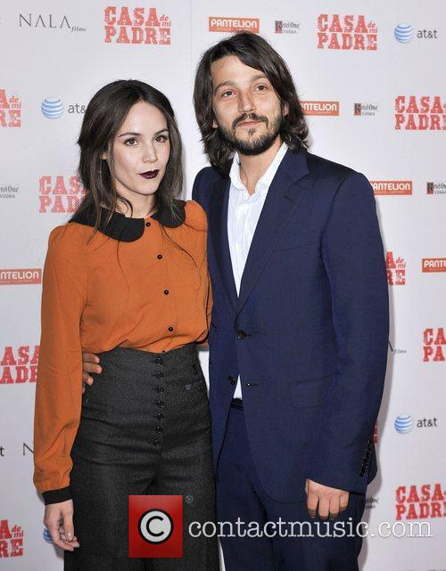 Diego Luna and Grauman's Chinese Theatre 5