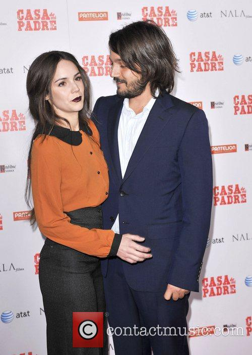 Diego Luna and Grauman's Chinese Theatre 7