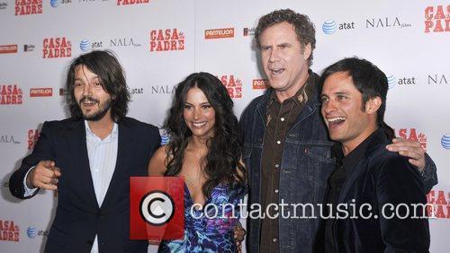 Diego Luna, Gael Garcia Bernal, Genesis Rodriguez, Will Ferrell and Grauman's Chinese Theatre 3