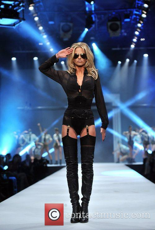 Sarah Harding and Old Billingsgate 1