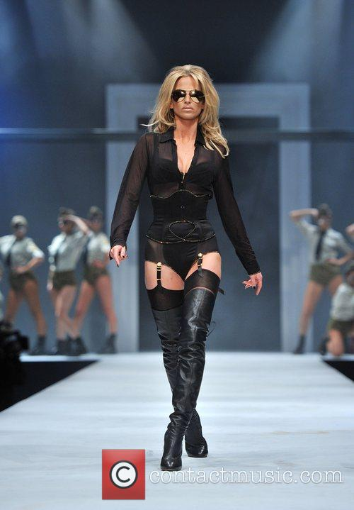 Sarah Harding and Old Billingsgate 8