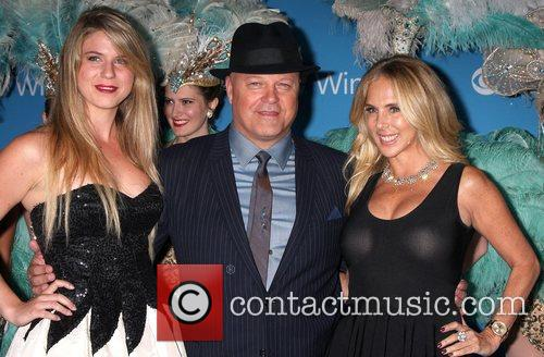 Michael Chiklis, Amber Chiklis and Michelle Moran 1