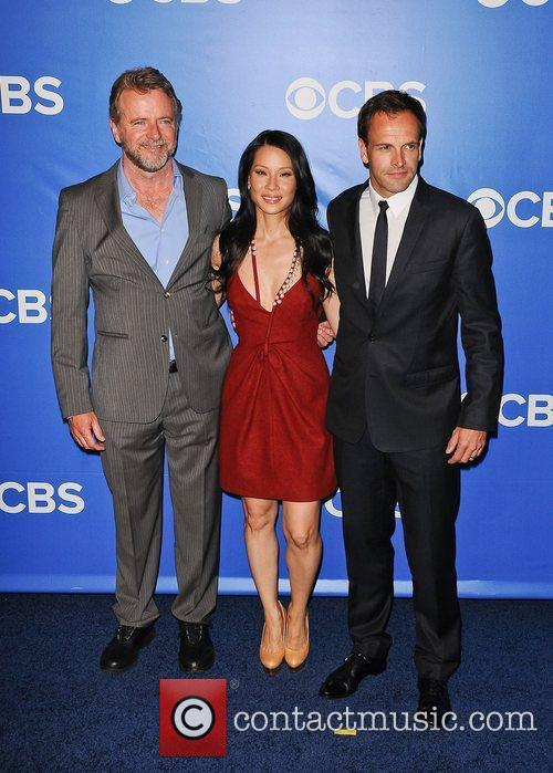 Aidan Quinn, Jonny Lee Miller and Lucy Liu 5