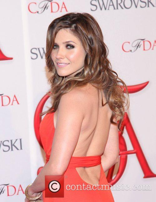 Sophia Bush and Cfda Fashion Awards 9