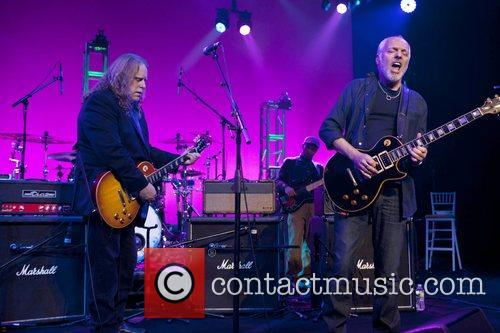 Warren Hayes and Peter Frampton Collaborating for a...