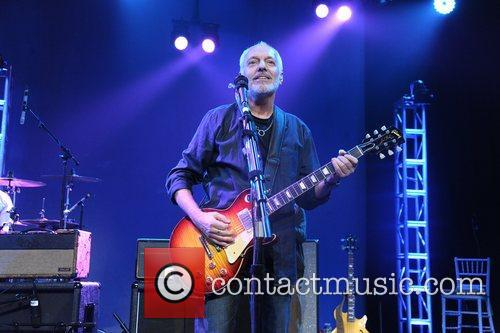 Peter Frampton Collaborating for a cure 15th Annual...