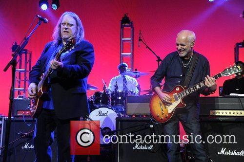 Warren Haynes and Peter Frampton 9