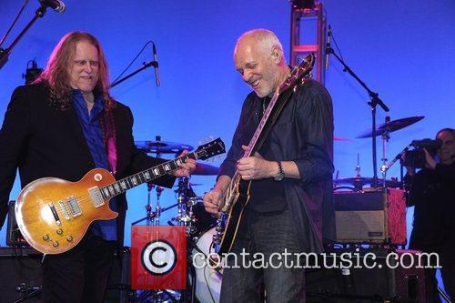 Warren Haynes and Peter Frampton 8