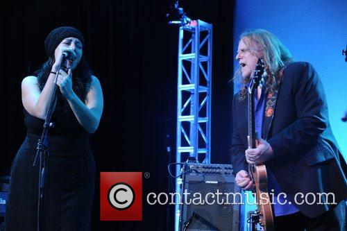 Warren Haynes Collaborating for a cure 15th Annual...