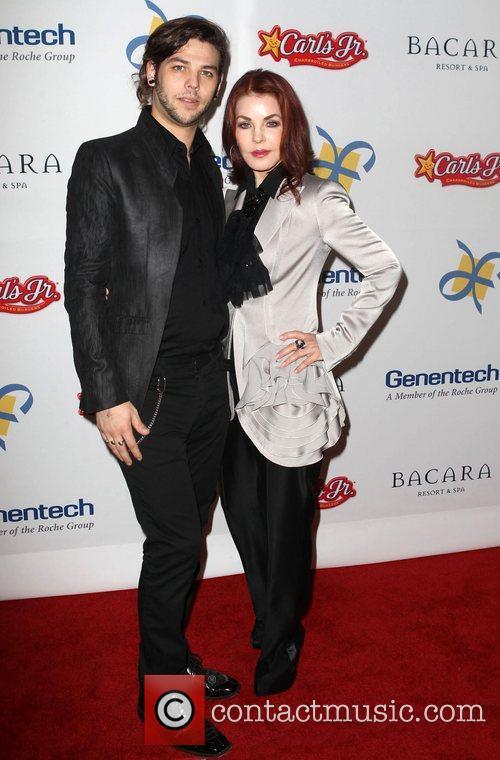 Priscilla Presley and Navarone Garibaldi 11