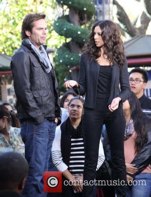 Billy Burke, Terri Seymour and Extra 1