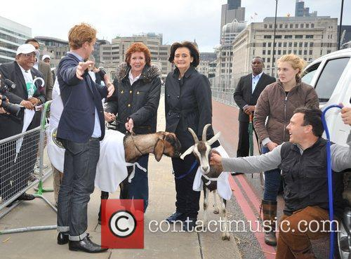 Cherie Blair and Cilla Black 6