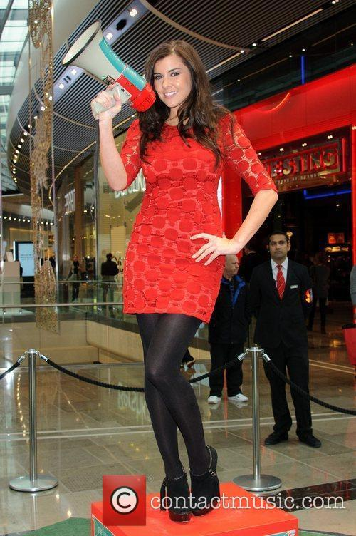 Imogen Thomas and Westfield Shopping Centre 5