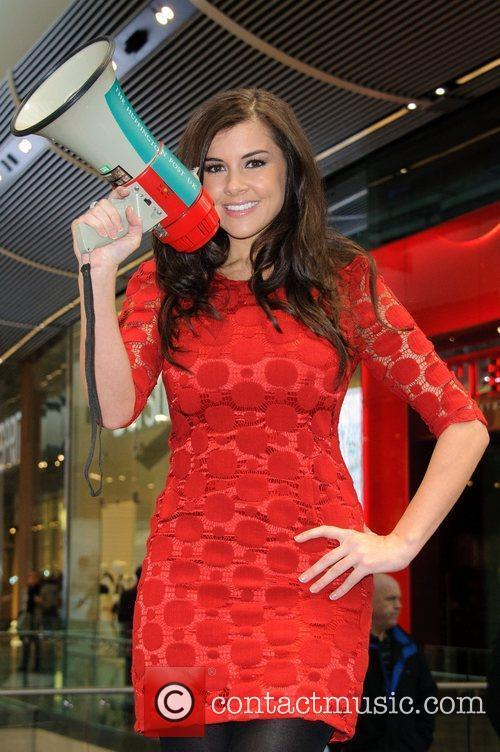 Imogen Thomas and Westfield Shopping Centre 4