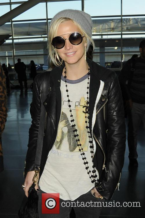 Ashlee Simpson, JFK airport