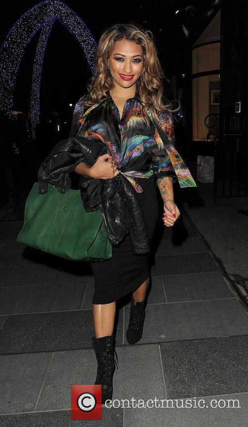 Vanessa White, The Saturdays and Supertrash 1