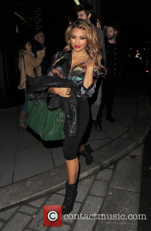 Vanessa White, The Saturdays and Supertrash 4