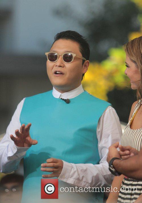 Psy and Park Jae-sang 4