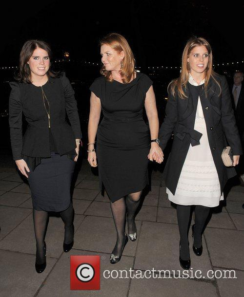 Princess Eugenie, Sarah Ferguson and Princess Beatrice 3