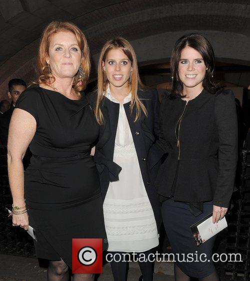 Sarah Ferguson, Princess Beatrice and Princess Eugenie 5