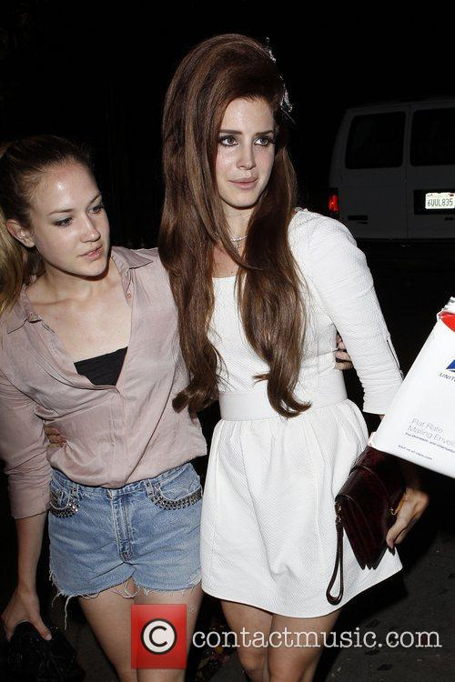 Arriving at Chateau Marmont restaurant with a friend...