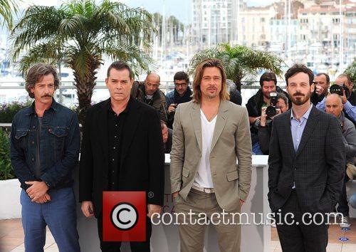 Ben Mendelsohn, Brad Pitt, Ray Liotta and Scoot McNairy 2
