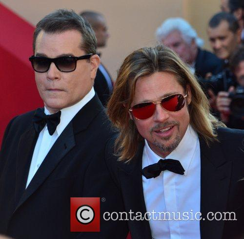 Ray Liotta and Brad Pitt 5