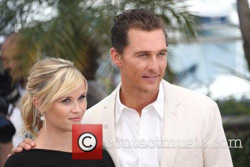 Reese Witherspoon and Matthew Mcconaughey 9