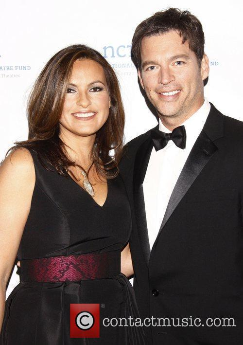 Mariska Hargitay and Harry Connick Jr. 2