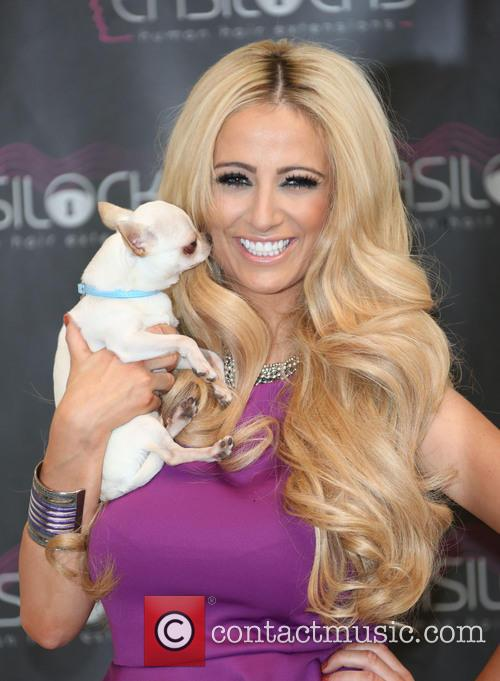 chantelle houghton launches easilocks extensions at the 20017408