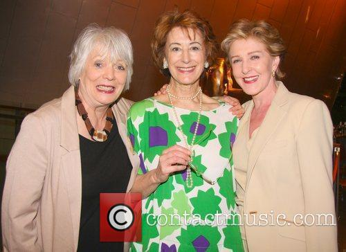 Maureen Lipman and Patricia Hodge 1