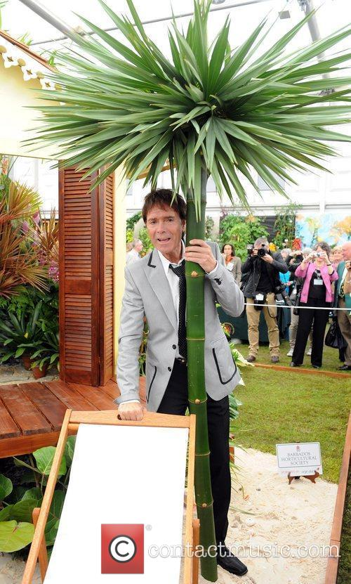 cliff richard chelsea flower show press day 5847550
