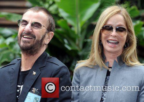 ringo starr and barbara bach chelsea flower 5847521