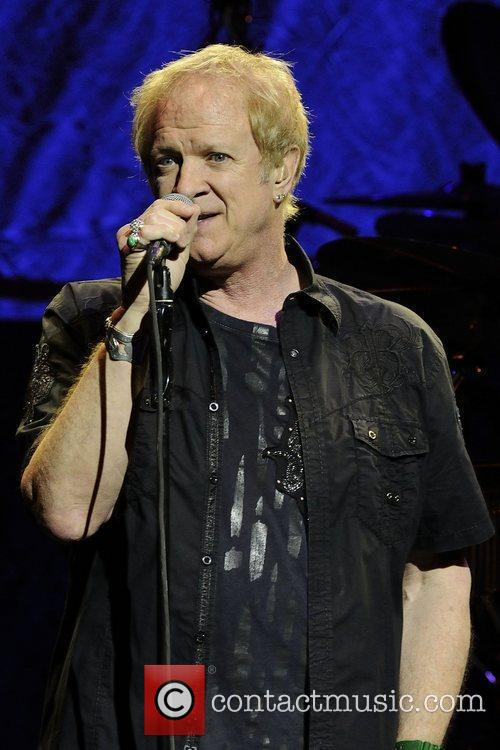Lee Loughnane  Chicago performs live at Massey...