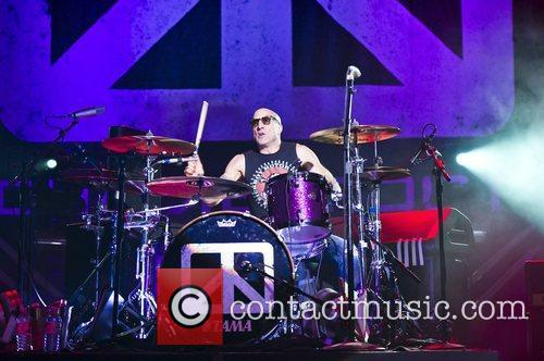 Chickenfoot and Brixton Academy 1