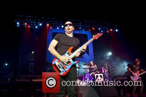 Joe Satriani and Brixton Academy 2