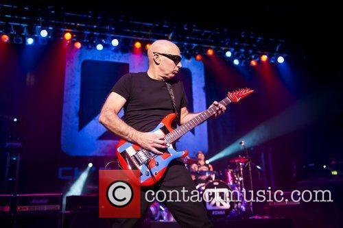 Joe Satriani and Brixton Academy 3