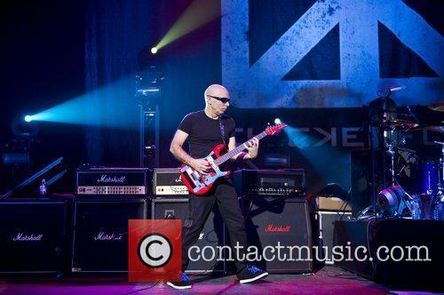 Joe Satriani and Brixton Academy 4