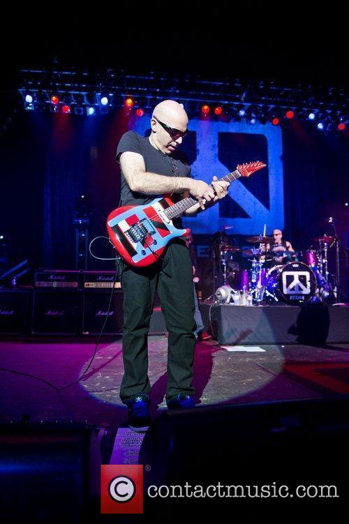 joe satriani chickenfoot performing live at brixton 3683970