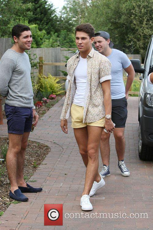 tom pearce joey essex and james diags 4025765