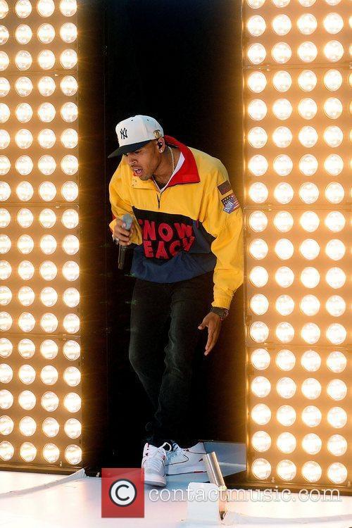 Chris Brown 19