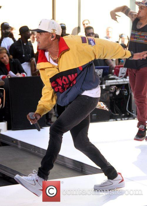 Chris Brown 30