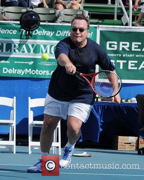 tom arnold participates in the chris evert 4148045