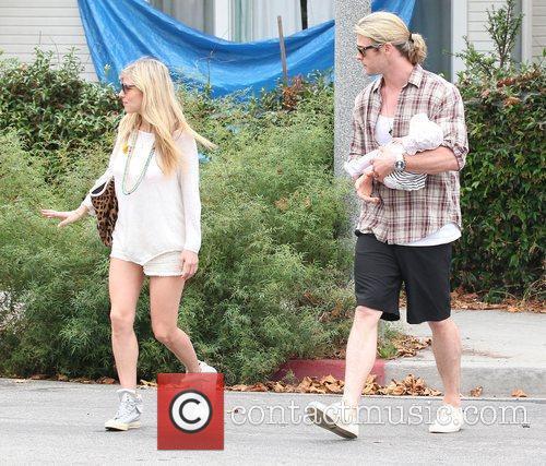 Elsa Pataky and Chris Hemsworth 4